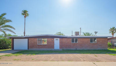 Tucson Single Family Home For Sale: 5545 S Oriole Avenue