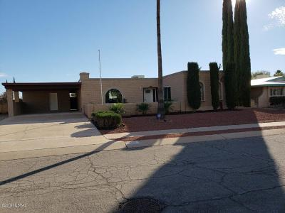 Tucson Single Family Home For Sale: 8958 E Maple Leaf Drive