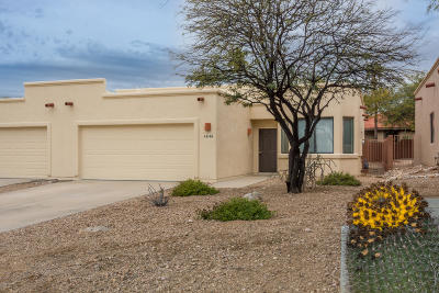 Oro Valley Townhouse For Sale: 8180 N Peppersauce Drive