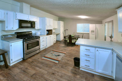 Tucson Manufactured Home For Sale: 8336 S Nogales Highway