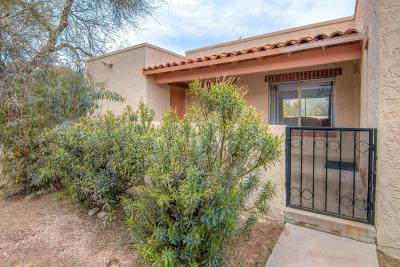 Tucson Townhouse For Sale: 5745 N Camino Esplendora