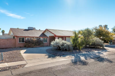 Tucson Single Family Home Active Contingent: 6130 N Tarragon Avenue