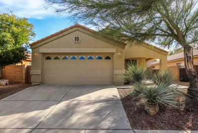 Single Family Home Active Contingent: 10592 E Feltleaf Willow Trail