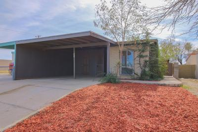 Pima County Townhouse Active Contingent: 805 W Wedwick Street
