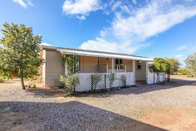 Pima County Manufactured Home Active Contingent: 12263 W Cameo Mary Lane