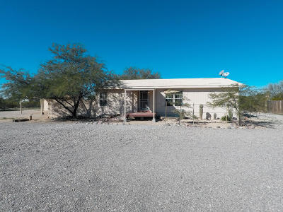 Pima County Manufactured Home Active Contingent: 7905 N Prorodeo Road