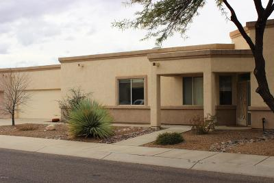 Pima County, Pinal County Townhouse For Sale: 7456 E Maritime Drive