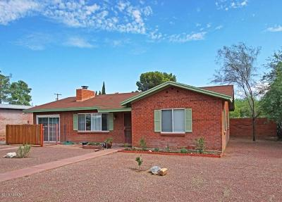 Pima County Single Family Home Active Contingent: 3149 E Lester Street