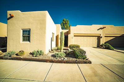 Green Valley Townhouse For Sale: 3789 S Calle Rambles