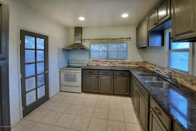 Tucson Single Family Home For Sale: 202 E 32nd Street