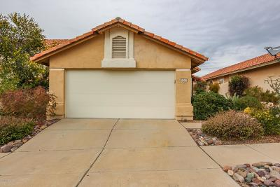 Oro Valley Single Family Home Active Contingent: 11537 N Eagle Peak Drive