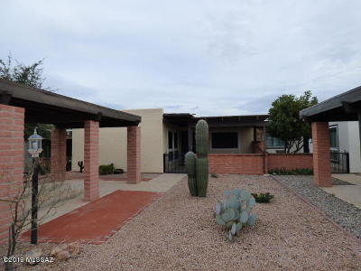 Pima County, Pinal County Townhouse For Sale: 266 N Cactus Loop