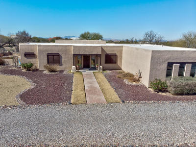 Pima County, Pinal County Single Family Home For Sale: 401 N Solar Drive