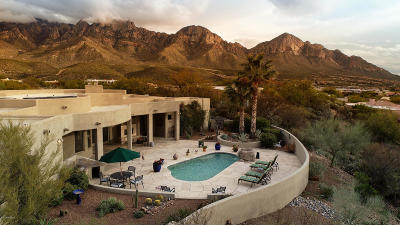 Oro Valley Single Family Home Active Contingent: 11553 N Copperbelle Place