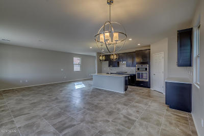 Tucson Single Family Home For Sale: 9609 S Miller Flats Drive