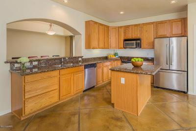 Tucson Single Family Home For Sale: 10640 E Eisenbergs Place