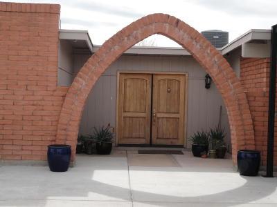 Single Family Home For Sale: 9970 E Golf Links Road