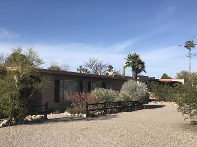 Single Family Home Active Contingent: 7473 N Paseo Ronceval