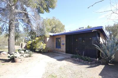 Single Family Home Active Contingent: 1220 E Hampton Street