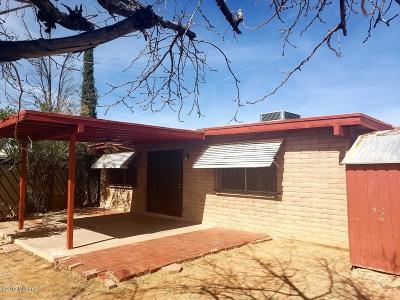Pima County Single Family Home Active Contingent: 1868 E Calle Muleta