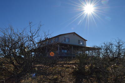 Cochise County Single Family Home For Sale: 8711 E Stagecoach Road