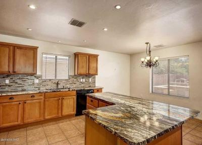 Marana Single Family Home For Sale: 11897 W Heyburn Drive