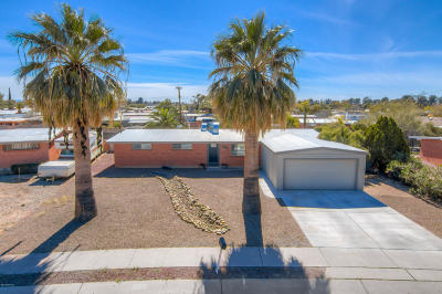 Pima County, Pinal County Single Family Home For Sale: 7310 E Montecito Drive