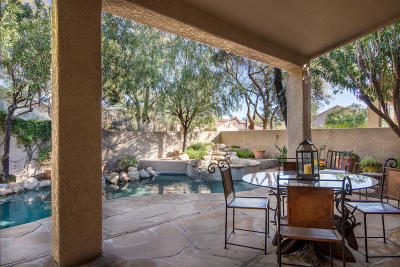 Pima County, Pinal County Townhouse For Sale: 5840 N Golden Eagle Drive