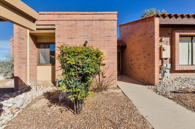 Pima County Townhouse For Sale: 1778 W Dalehaven Circle