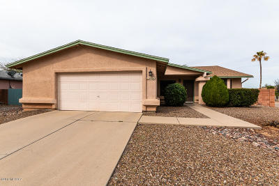 Pima County Single Family Home Active Contingent: 8501 N Snowdrop Drive