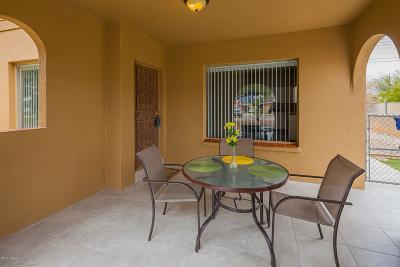 Single Family Home For Sale: 1028 E Silver Street