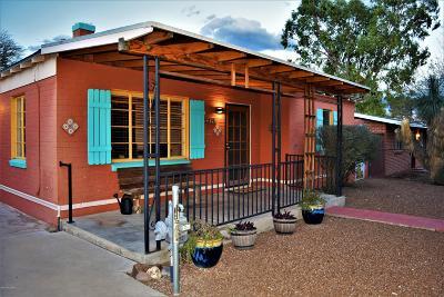 Single Family Home Active Contingent: 1125 E Alta Vista Street