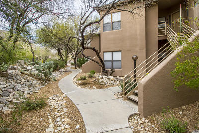 Tucson Condo For Sale: 6655 N Canyon Crest Drive #25203