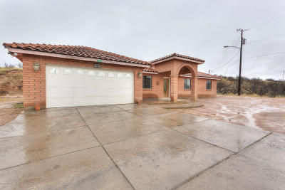Rio Rico Single Family Home Active Contingent: 958 Paseo Queretaro