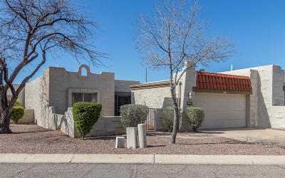 Pima County, Pinal County Townhouse Active Contingent: 4591 N Mountain Quail Road