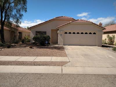 Pima County Single Family Home Active Contingent: 8721 N Frampton Place