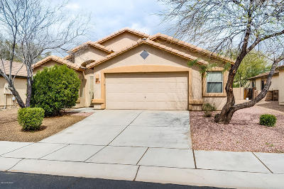 Marana Single Family Home Active Contingent: 11786 W Barley Drive