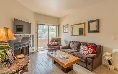 Tucson Condo For Sale: 5750 N Camino Esplendora #136