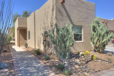 Green Valley Townhouse For Sale: 3780 S Camino Comica