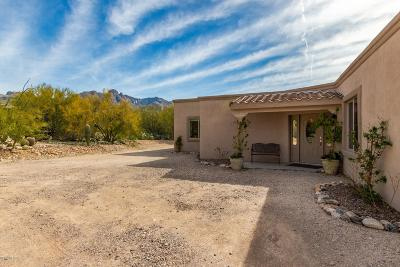Single Family Home For Sale: 6620 N Camino Padre Isidoro