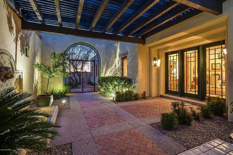 3380 E Camino Boscaje Escondido, Tucson, AZ 85718 - Listing