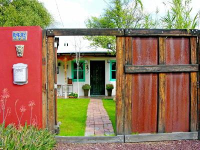 Single Family Home For Sale: 529 S Railroad Avenue