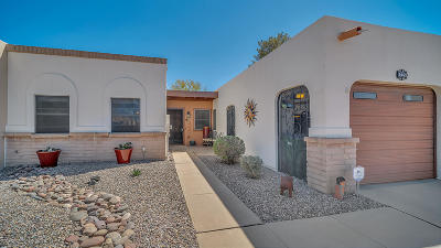 Green Valley Townhouse For Sale: 1465 W Calle Mendoza