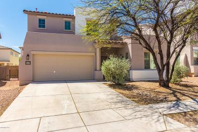 Single Family Home For Sale: 114 E Calle Del Rondador