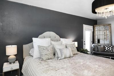 Single Family Home For Sale: 3039 E Hawthorne Street