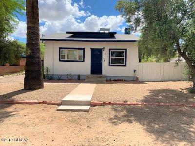 Pima County Single Family Home Active Contingent: 2124 E Helen Street