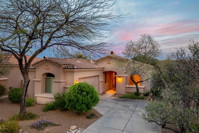 Single Family Home Active Contingent: 6186 N Via Paloma Rosa