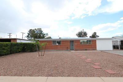 Tucson Single Family Home Active Contingent: 2811 N Cloverland Avenue