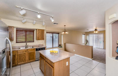 Single Family Home Active Contingent: 7645 S Cressida Way