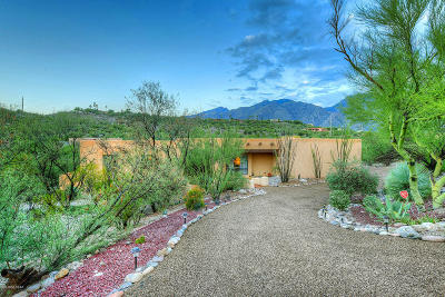 Tucson Single Family Home Active Contingent: 5381 N Post Trail